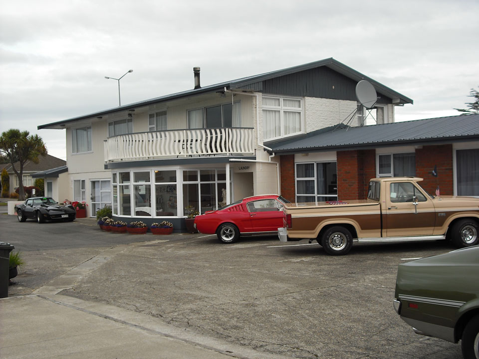 554 Moana Court Motel
